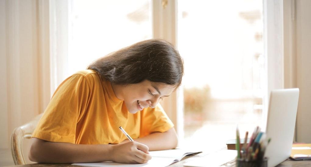 6 Cara Belajar di Rumah agar Lebih Menyenangkan
