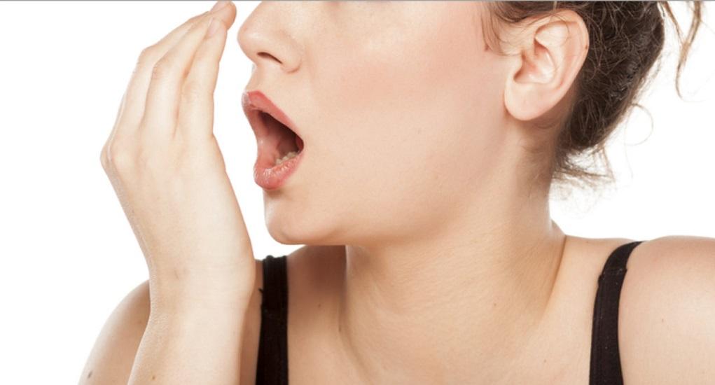 Hindari Makanan-Makanan ini Jika Tidak Ingin Bau Mulut